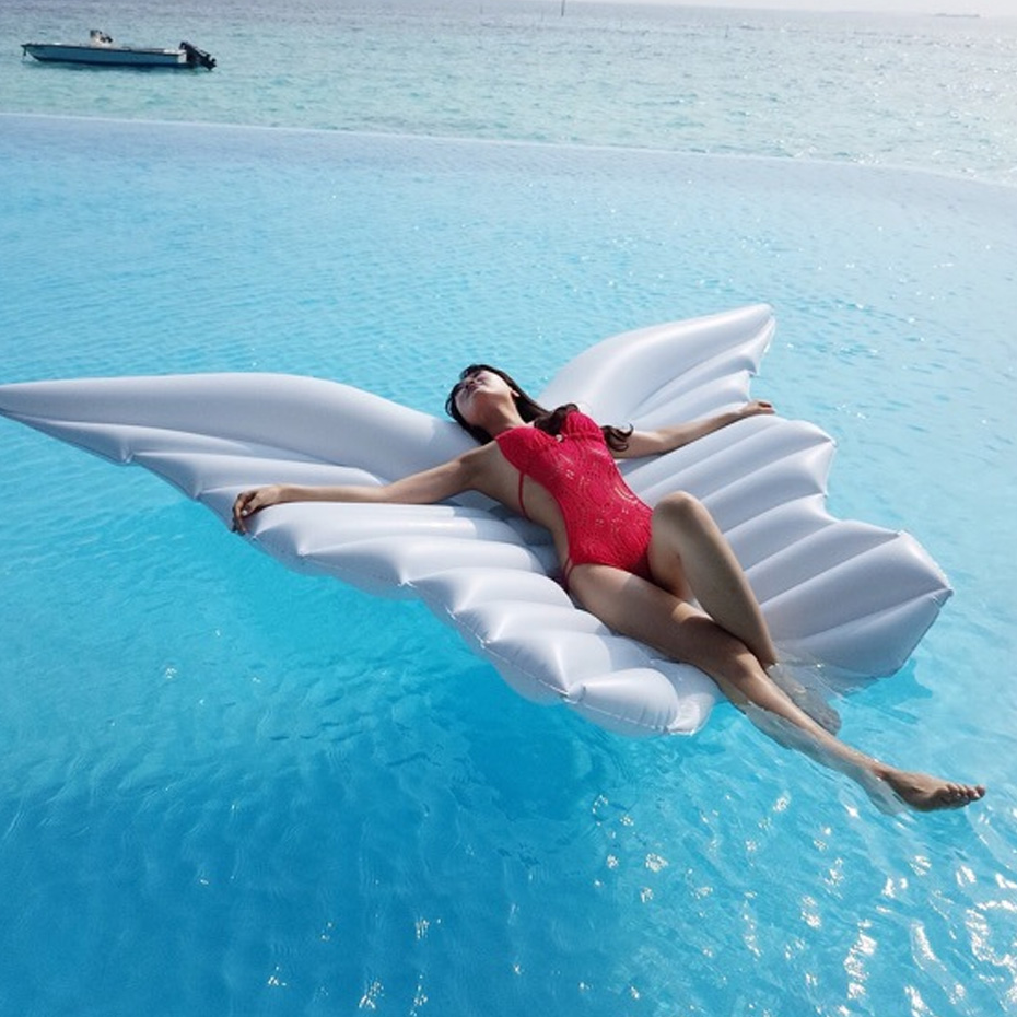 Inflatable Giant Angel Wings Pool Float Toys Water Party Float Inflatable Mattress Swimming Ring Beach Sea Party Air Mattress