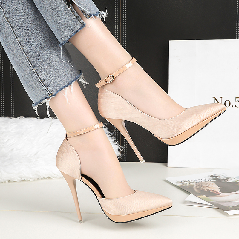 2018 Summer Women 12cm Thin Extreme High Heels Satin Silk Pumps Female Elegant Sweet Heels Shoes Scarpins Buckle Cheap Shoes 19