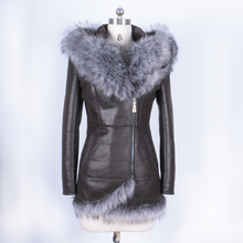fashion Slim faux Suede coat for women Factory direct supplier Artificial fox collar winter new Factory wholesale Fur embroider