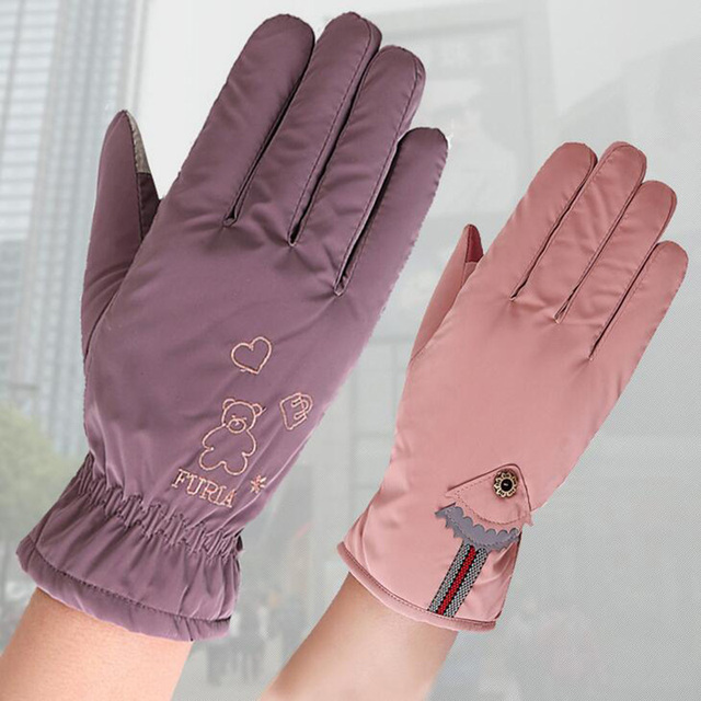 New Female Winter Outdoor Sports Warm Windproof Cartoon Bear Touch Screen Gloves Fashion Women Bow Tie Plush Gloves Mittens 17 4