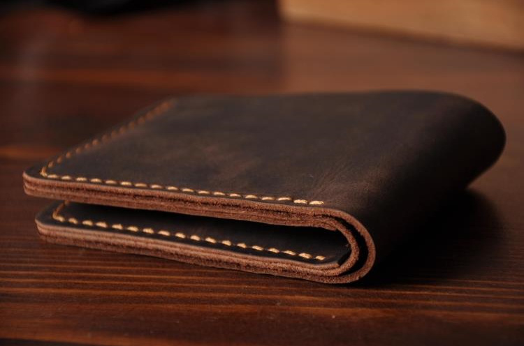 Image 4 - Handmade Vintage Crazy horse Genuine Leather Wallet Men Wallet Leather engrave Short Wallet Men Purse Male Money Clips Money bagmoney bagmale pursemen purse -