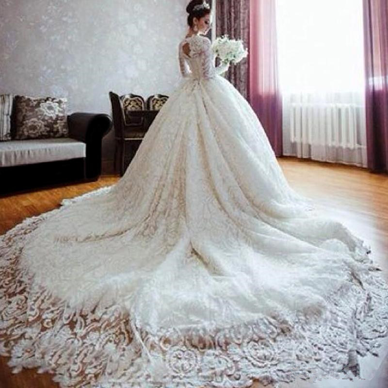 Luxurious Wedding Dresses with Royal Cathedral Train Wedding Gowns ...