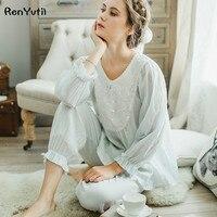 RenYvtil 2017 Nowa Jesienna damska Białe Piżamy Długie Spodnie Ustawić Domu Tkaniny Koronki Koszula Nocna 100% Bawełna Księżniczka pijamas DS
