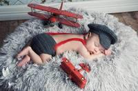 Piloto Aviador Chapéu cinza + Short Set Projeto Gorros Feitos À Mão Dos Desenhos Animados Do Traje Do Bebê Recém-nascido Malha Crochet Fotografia Props