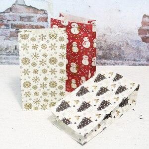 Image 5 - 5 Pcs Sneeuwvlok Vrolijk Kerstfeest Papieren Zak Sneeuwpop Kerstboom Voedsel Cookie Cadeau Verpakking Birthday Party Bag Favor Stand Zakken