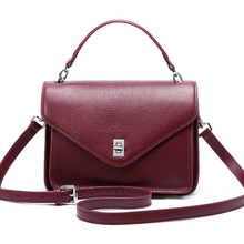 Simple and light fashion women's small square bag new tide retro handkerchief one shoulder messenger bag wild lady bags sen department retro badge chain wild shoulder bag simple small square bag fashion casual messenger messenger bag tide