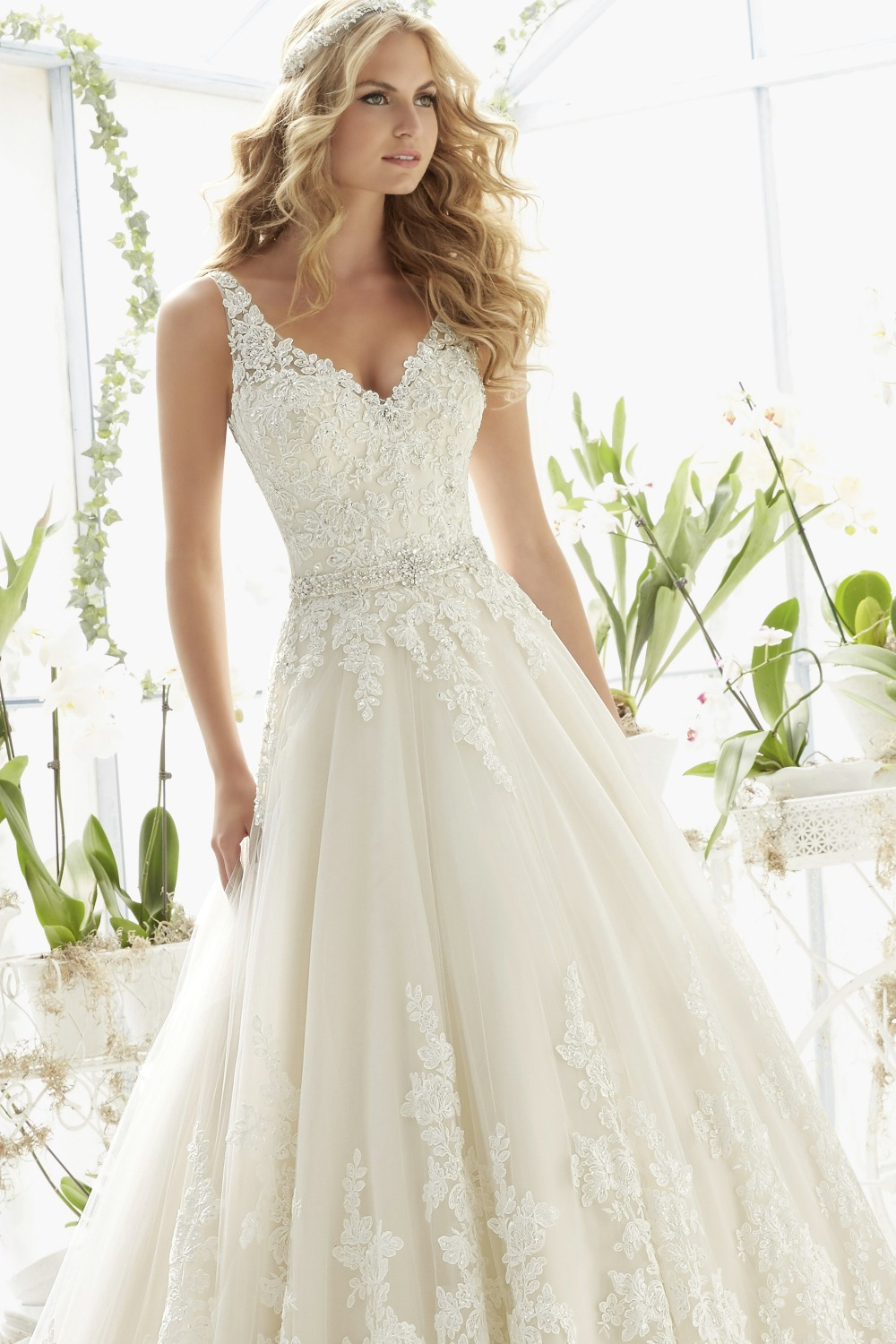 Classic Tulle Ball Gown Boho Wedding Dress With Crystal Beading Lace ...