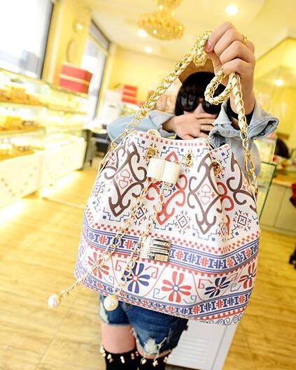flower small cross-body bag6
