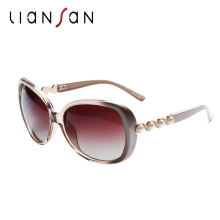 LianSan Oversized Vintage Polarized Female Sunglasses Women Retro Brand Designer Luxury Driving Fashion Oval Pearl Leg LSP580