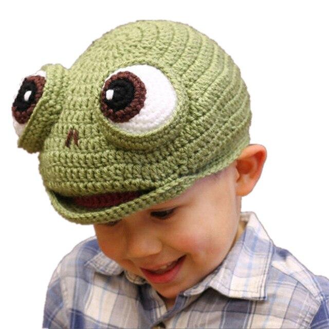 2018 Novità Cappelli di Inverno dei bambini Del Fumetto Animali Mano Crochet  Knit Warm bambino Cappellini 7ffbf3dc0862