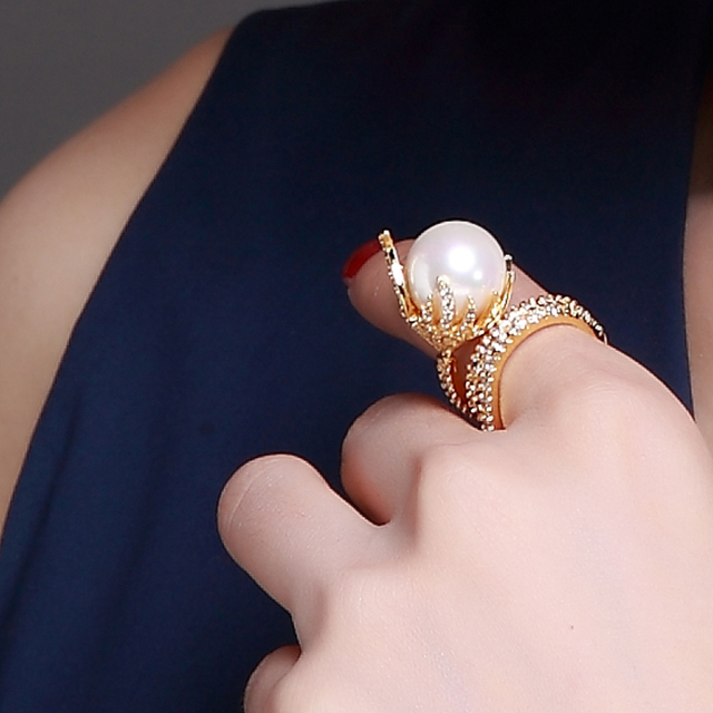 Nice Looking Women Imitation Pearl Rings Pave Setting  Cubic Zirconia  Gold & Rhodium Plated Lead Free Deluxe Engagement Gift