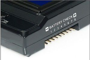 Image 2 - Hobbywing Multifunction LCD programer Box Integrated w/USB adaptor Voltmeter 3/1 for ERUN and EZRUN series car ESC