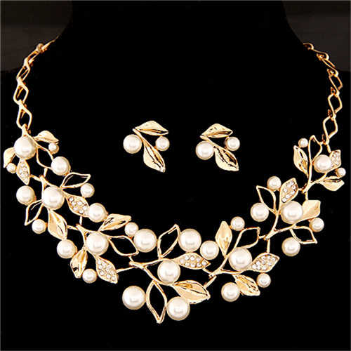 Hot Imitation Pearl Wedding Necklace Earring Sets Bridal Jewelry Sets for Women Elegant Party Gift Fashion Costume Jewelry Set