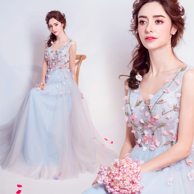 Three Dimensional Petals Beading Light Blue Long Formal Evening Dresses Princess Annual Dinner Gowns V-neck A Line