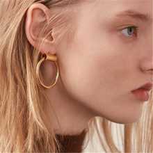 Fashion circle earrings decorated a pair of gold round retro earrings women's simple temperament party gifts 2019 new hot sale pair of trendy faux pearl decorated women s earrings