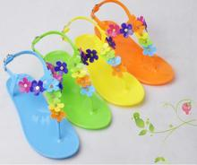 Fashion New Arrival Gladiator Style Sandals T- Strape candy Color Beach Jelly Shoes Flower Flat flip flop Sandals Discount