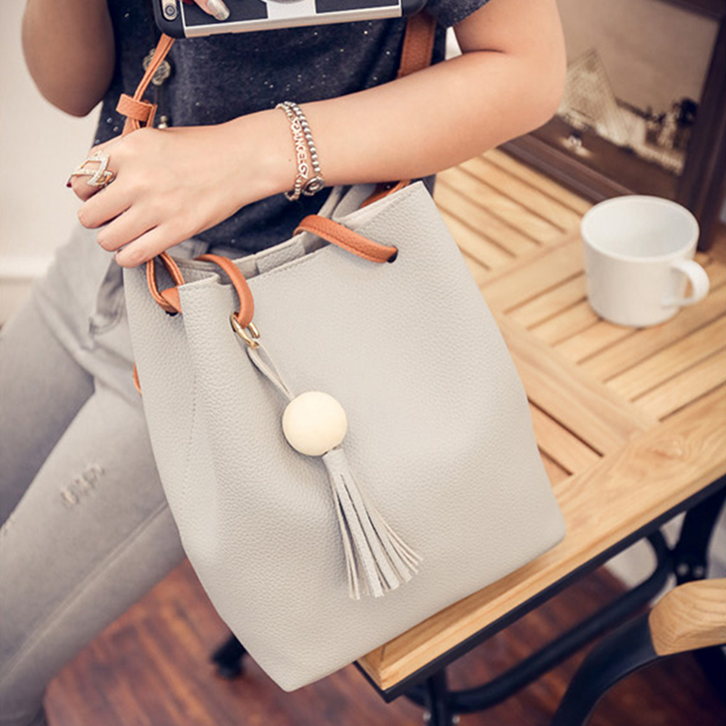 Bucket Women Mother Bag Autumn Fashion New Tassel Shoulder Bag Casual Messenger Bag Child Package