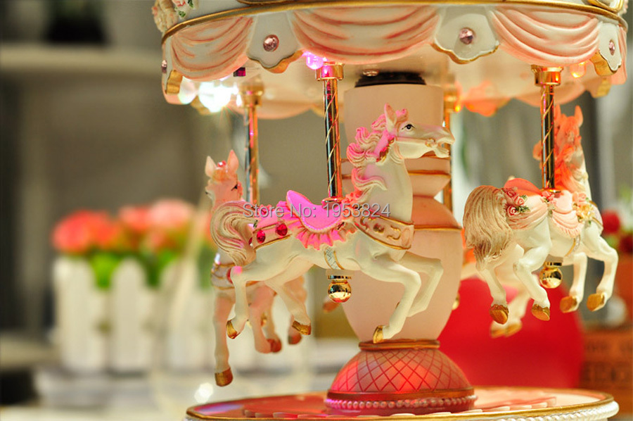 carousel music box (19).jpg