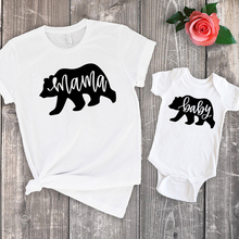 купить matching outfits mama bear mommy and daughter matching clothes family summer 2019 tshirt baby cute big sister little sister по цене 376.46 рублей