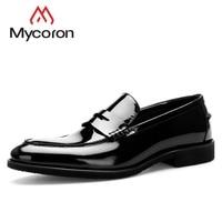 MYCORON/2018 г. Новые поступления, Элегантные Дизайнерские мужские туфли, брендовые дизайнерские свадебные модельные мужские туфли на шнуровке,