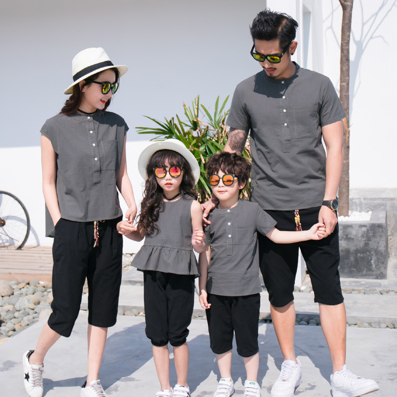 Summer Family Look Cotton Linen T-Shirt+pants Suit Family Matching Outfits Dad Mom Son Daughter Clothes Fashion Button Sets E65