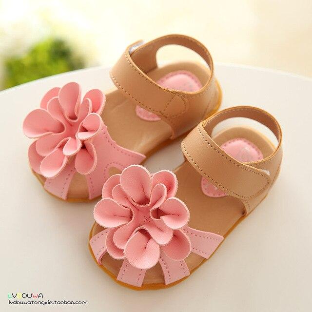 Для детей обувь девушки 2016 новый летний девочка девушки сандалии цветок пвх детки обувь для девочек мода сандалии