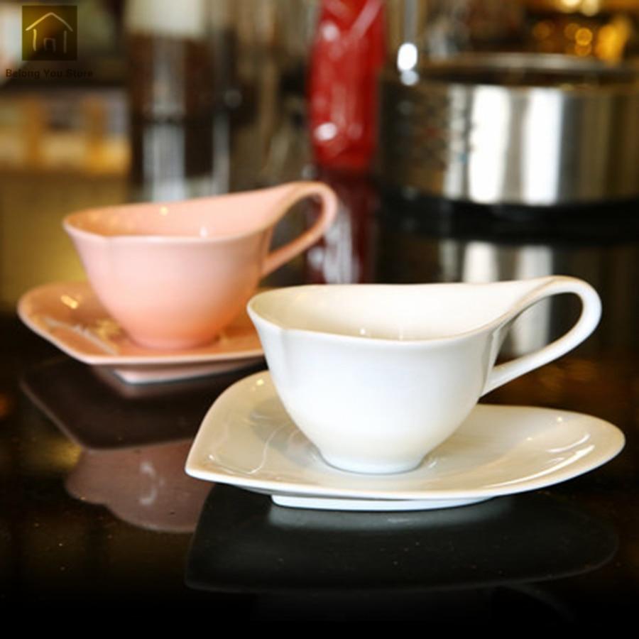 Ensemble de tasse en céramique Simple Europe ensemble de tasse à café créative en forme de coeur thé Vintage Tekopp meilleures tasses produits de boissons WKD073