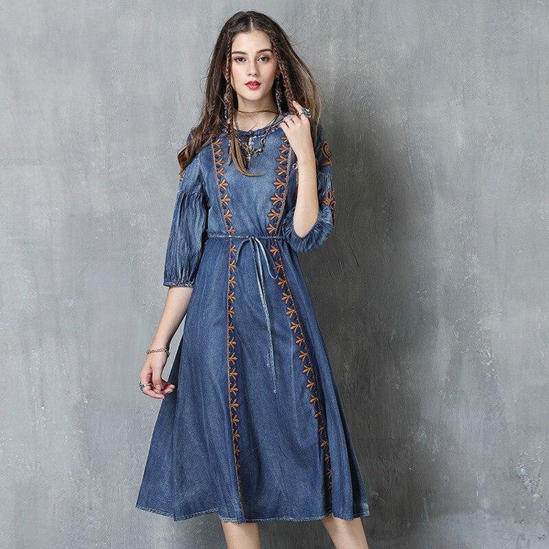 Marque printemps 2019 nouveau grand code corde dessin femmes de denim robe rétro broderie soucoupe mi-distributeur de nourriture