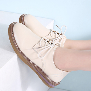 Image 5 - STQ 2020 Autumn Women Oxfords Shoes Flats Shoes Women PU Leather Lace Up Flat Heel Rubber Boat Shoes Round Toe Moccasins QSG932