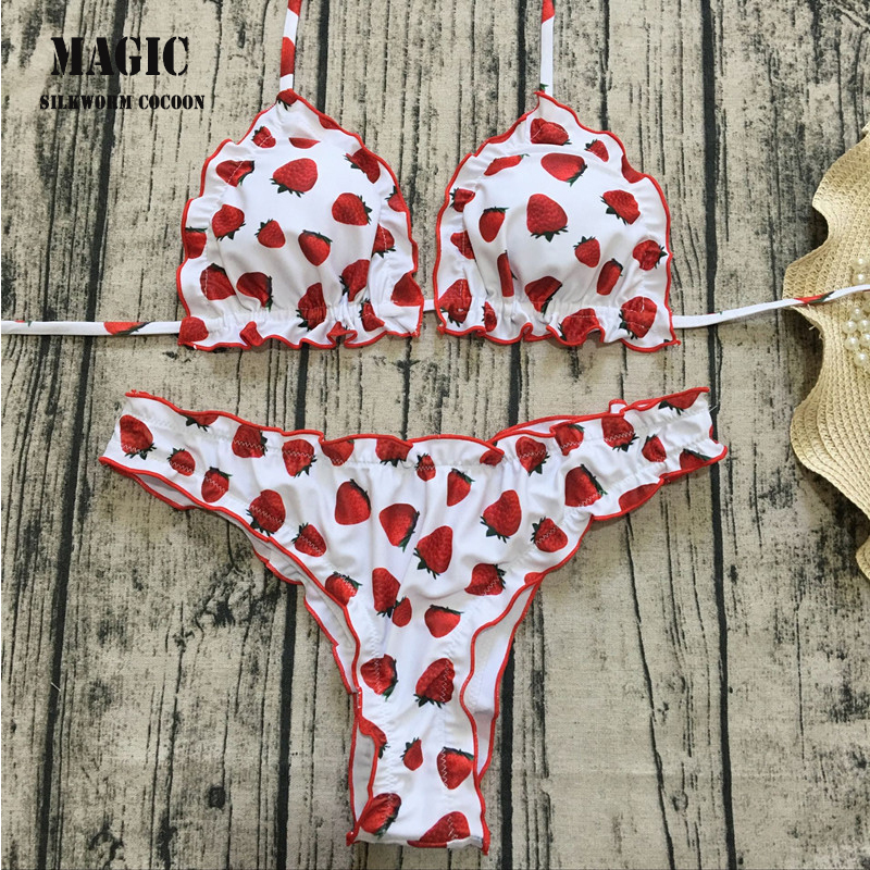 2018 New Ruffle Bikini Set Women Red Strawberry Print Swimsuit Bathing Suit Bandage Swimwear Beachwear Swimming Suit Beachwear