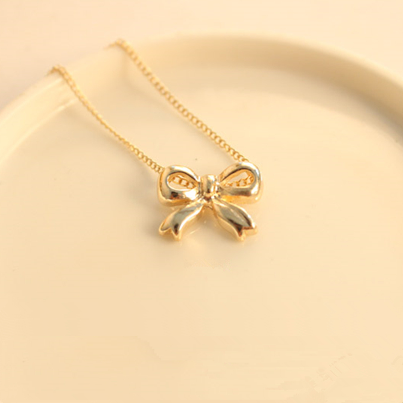 N126 Free Shipping New choking mouth peppers fashion personality beautiful peace sign necklace gold free shipping