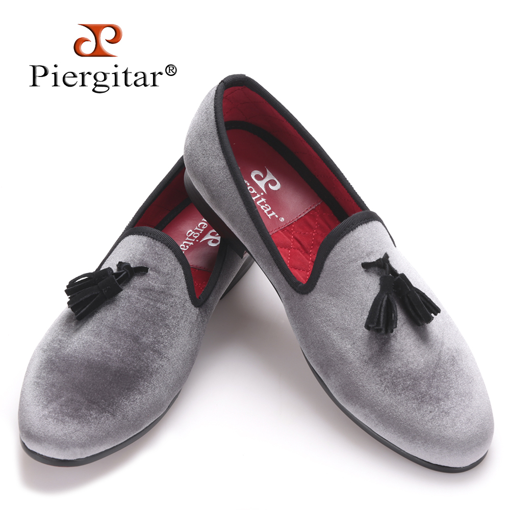 Piergitar 2017 New style Handmade Loafers Gray velvet Men shoes with Black suede tassel Fashion Party dress shoes men
