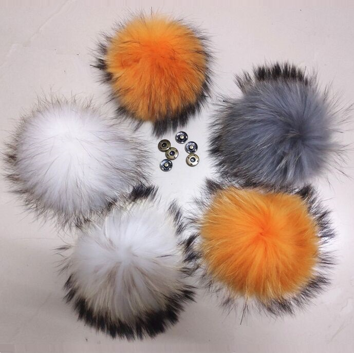 Big Nature Real Raccoon Fur Pompoms Multi Color Fluffy Pompoms For Knitted   Beanies     Skullies   Hats Gorros Clothes Accessories