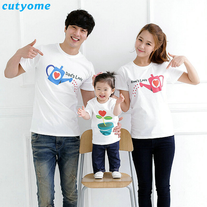 Cutyome Family Matching Clothes Outfits Dad's Mom's Love Short Sleeved T Shirts 2017 Summer Family Look Mother Daughter Clothes