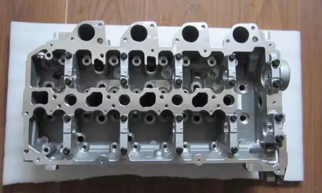 Головки цилиндров 4D56U L-200 06 => Тритон 16 В 2.5tdi 1005A560 для MITSUBISHI