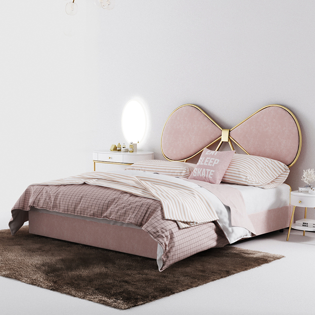 הפוסטמודרנית מינימליסטי מוצק עץ מיטת מיטה זוגית קטן דירה מאסטר שינה הונג קונג סגנון אור יוקרה גבוהה בחזרה