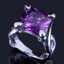 Magnificent Square Purple Cubic Zirconia 925 Sterling Silver Ring For Women V0071