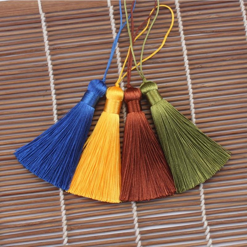 DIY Chinese Knots Tassels Craft Fringe 100 pcs New Year Chinese Characteristics Gifts Mini Tassels Gold Chinese Decorative Knots in Tassel Fringe from Home Garden