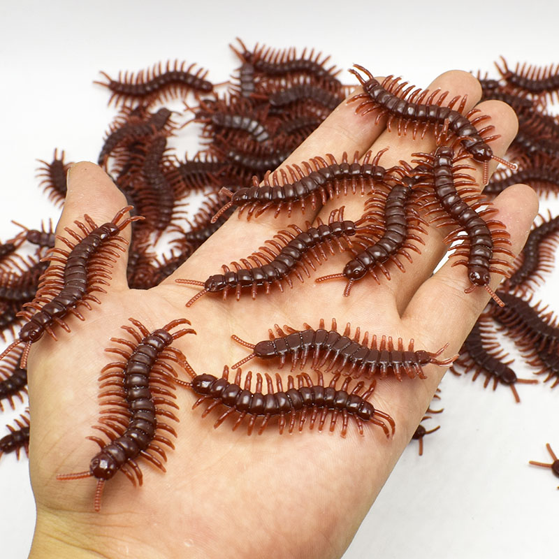 20pcs/lot Lifelike Plastic Simulation Scolopendra Model Fearful Prank Toy Joking Scary Gags Practical Jokes Toys