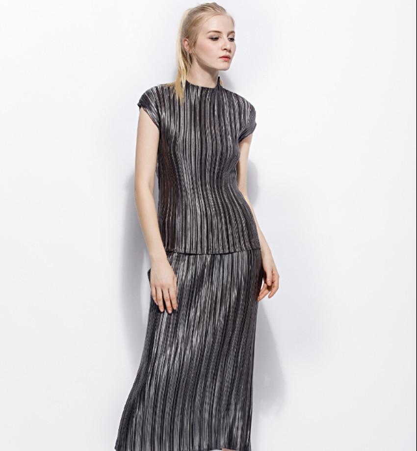 Roulé Design Femmes T De Col noir Élastique Femelle Taille Ensembles Solide Changpleat Costumes shirts 2018 Et Jupes D'été Plissée Miyak Mode Gray gI40qtx