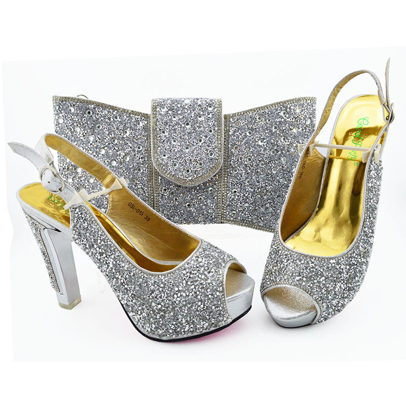 New Arrival silver Color African Women Matching Italian Shoes and Bag Set Decorated with Rhinestone Italian