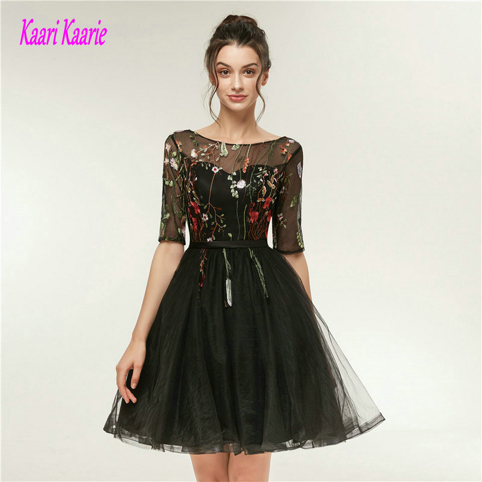 schwarz lace prom kleid with sleeves