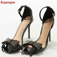 Marca de Lujo de Cristal Mariposa Nudo Decoración Mujeres Sandalias peep Toe High Heel Thin Super Star Runway Calle Zapatos de Mujer Sandalia
