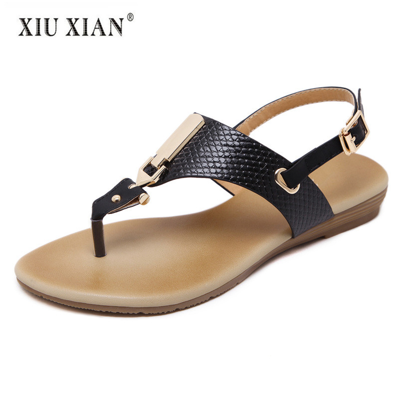 2018 New Fashion PU Leather Women Sandals European Simple Metal Thong Sandals Big Size Flexible Young Lady Leisure Flats Sandals ...
