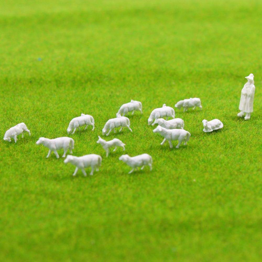 60Pcs 1:87 UnPainted White Farm Animals Sheep Collie Dog Shepherd HO Scale Model