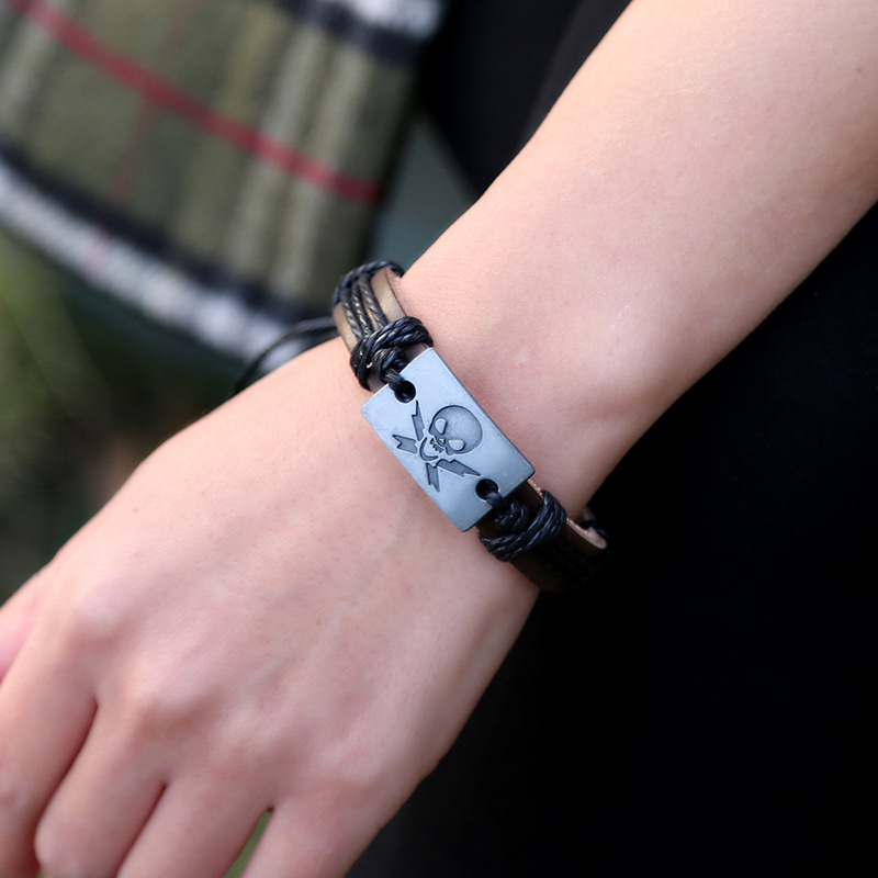 Braided Woven Hemp Rope Bracelet Skeleton Embossed Zinc Alloy Punk Style Simple Bracelet Leather Jewelry Female Male Wristband