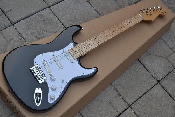 top quality st electric guitar blackie headstock eric clapton signature black st strat. Black Bedroom Furniture Sets. Home Design Ideas