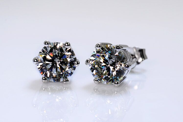 Free Shipping!White Gold color 6 Prongs 0.5-2 carat Round Brilliant Cut Grade sona Simulated Gem Stud Earring for women