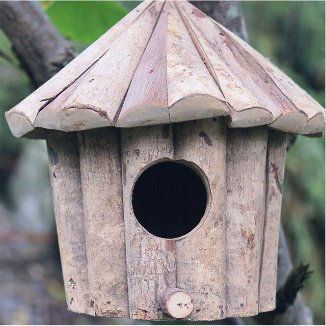 Eco-Friendly Soild Wood Birdhouse