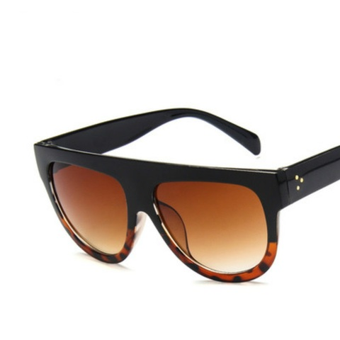 New big box wild sunglasses fashion brand with the same sunglasses trend ladies sunglasses oversized vintage shield design large Islamabad